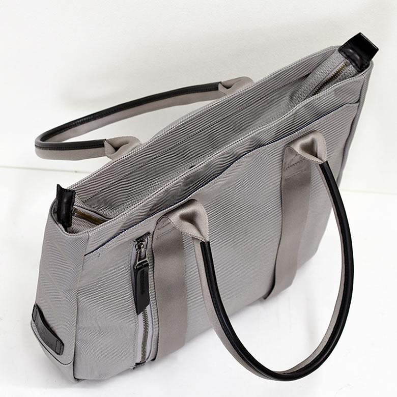 トートバッグ メンズ ブランド おしゃれ 人気 ビジネス 大学生 小さめ コーデ ビジネストートバッグ 40代 高級 ナイロン 軽い ブリーフケース