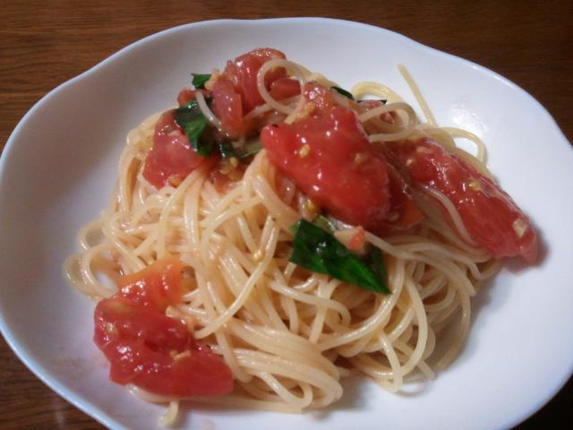 トマトの冷製アーリオーリォ パスタ