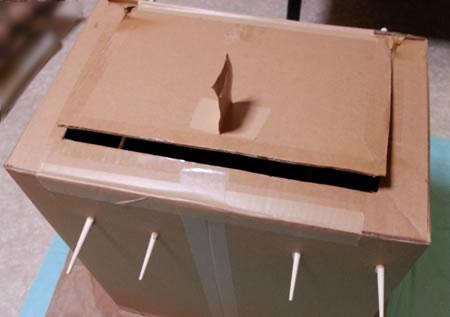 ダンボールで手作りスモーク用ボックス